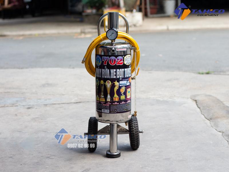 binh phun bot tuyet 702 14l