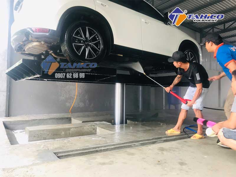 cầCầu nâng 1 trụ chuyên rửa ô tô